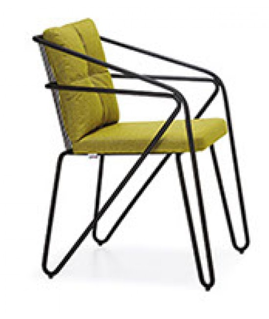 Line Stuhl mit Armlehne